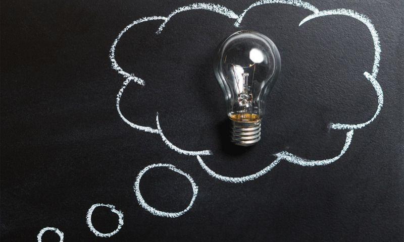 Zwischenzeugnis_Probleme identifizieren und Ideen ausarbeiten